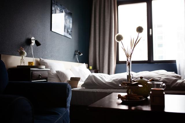 hotel-1749602_640